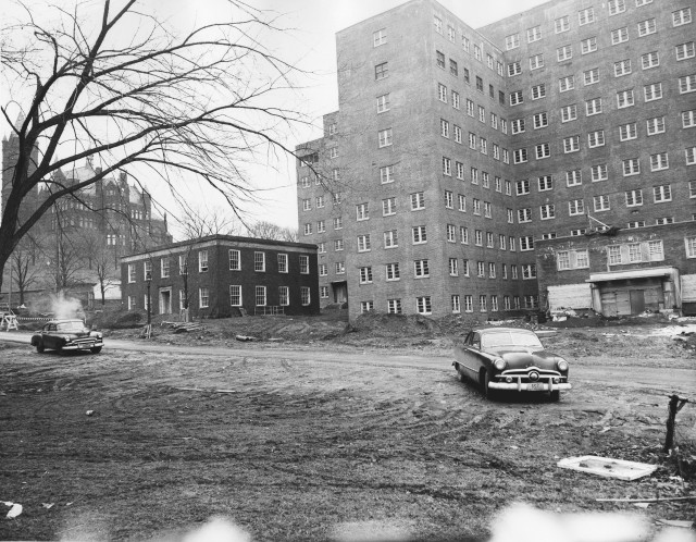 The Syracuse VA Medical Center under construction in the early 1950s.