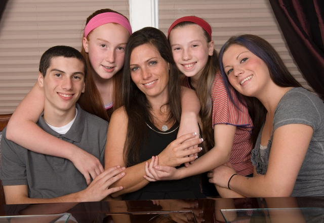 Shelleen Soltys is surrounded by her children, Angie, 22; Jack. 14; Chloe, 12 and Clara, 10. Photo by Susan Kahn.