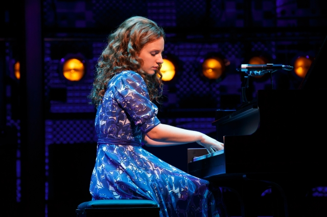 "Syracuse University graduate Jessie Mueller stars in ""Beautiful: the Carole King Musical."""
