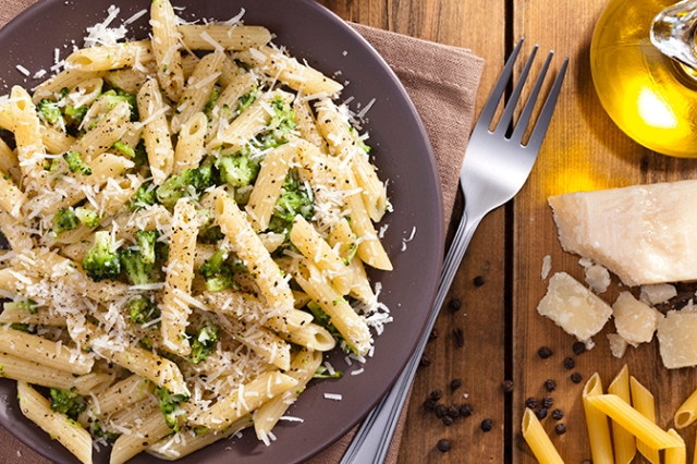 Broccoli, Garlic and Lemon Penne