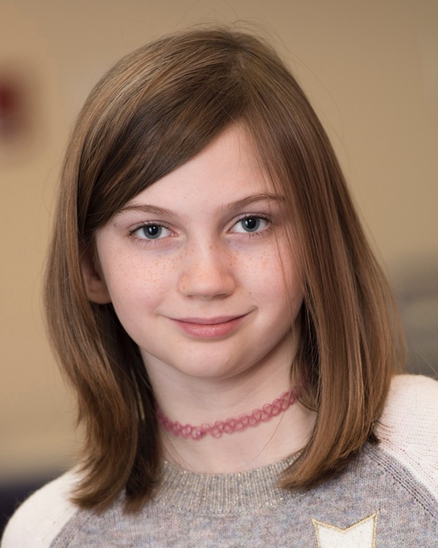 Nora Powers, a fourth-grader, is being treated for juvenile idiopathic arthritis. (PHOTO BY SUSAN KAHN)